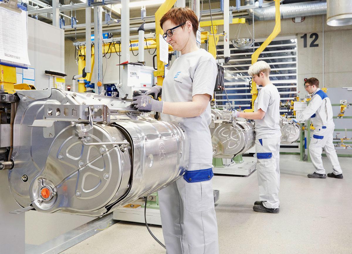 Eberspaecher_Wilsdruff_Produktion_Endmontage_Euro-6-Abgasanlagen_01